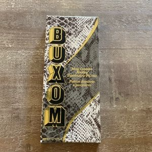 Buxom Makeup - Buxom- May Contain Nudity Eyeshadow Palette💜😻